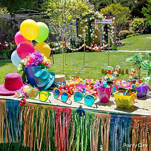 Party Favors & Novelties
