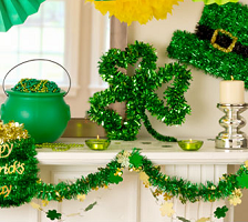St Patrick's Day Decorating